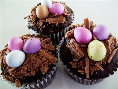 cupcakes de chocolate páscoa